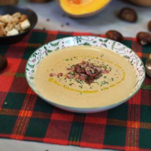 Velvety chestnut soup with pumpkin and caramelised bacon